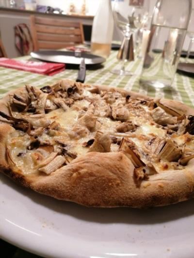 pizza con i carciofini